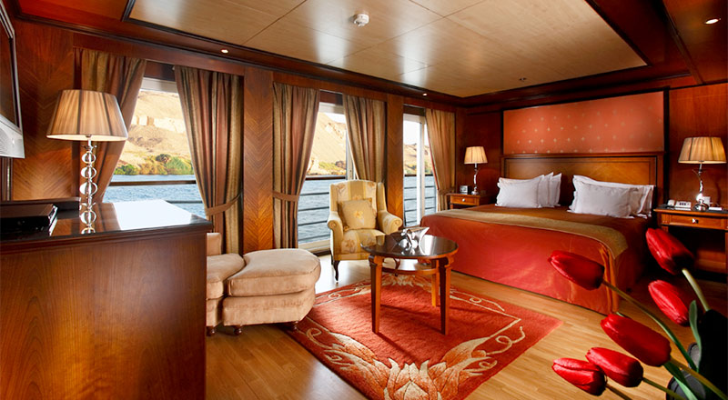Interior of the Explorer Suite on the MS Antares
