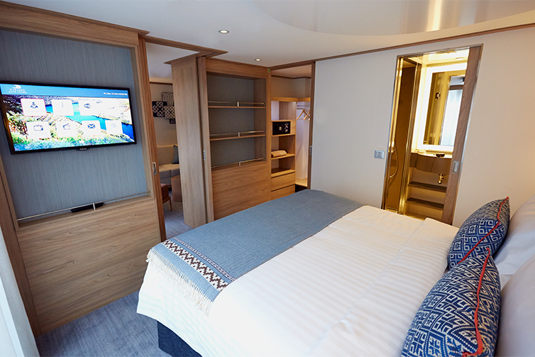 Veranda Suite on board Viking Douro vessels