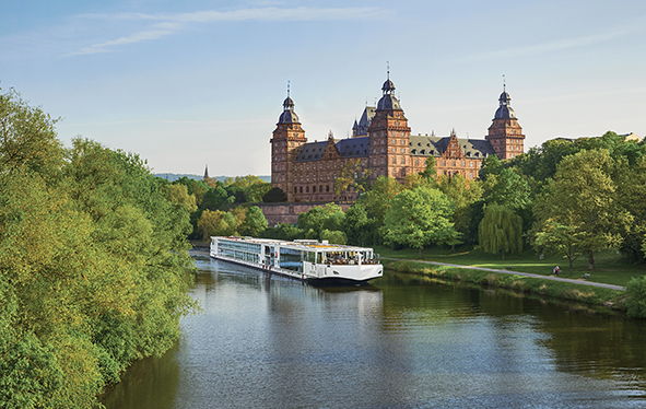 Viking Longship sailing  near Schloss Johannisburg in Aschaffenburg