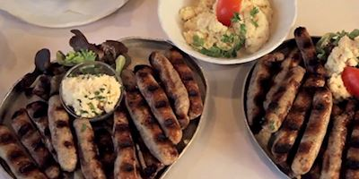 Plates of German bratwurst