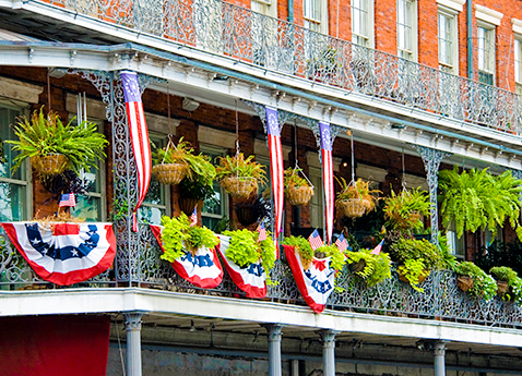 French Quarter building balcony in New Orleans, Louisiana